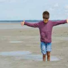 Imagen niño playa 94